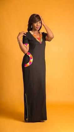 Hello Ladies, we have waited long for these amazing plain and patterned ankara styles. Plain and Patterned ankara styles are designed uniquely and flawlessly. African Fashion Ankara, Latest African Fashion Dresses, Ghanaian Fashion, African Dresses For Women, African Print Dresses, African Print Fashion, Africa Fashion, African Attire, African Wear