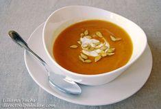 Crema de calabaza asada. Receta Soup And Sandwich, Thai Red Curry, Ethnic Recipes, Food, Diabetes, Soups, Sandwiches, Roasted Pumpkin Seeds, Healthy Recipes