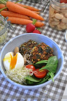 Due bionde in cucina: Polpette di quinoa con spinaci e feta