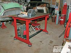 welding table plans or ideas Welding Bench, Welding Table Diy, Welding Cart, Metal Welding, Diy Table, Shielded Metal Arc Welding, Home Improvement Center, Table Frame, Table Accessories