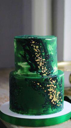 The 50 Most Beautiful Wedding Cakes - Green Wedding Cake - Fabmood Luxury Wedding Cake, Black Wedding Cakes, Elegant Wedding Cakes, Cool Wedding Cakes, Elegant Cakes, Beautiful Wedding Cakes, Wedding Cake Designs, Wedding Cake Centerpieces, Green Cake
