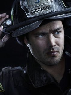 Taylor Kinney | About | Chicago