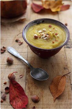 J'ai tendance à préférer les soupes lorsqu'elles sont cuisinées avec des légumineuses (pois chiche, lentille, pois cassé, haricot). Elles apportent une tex