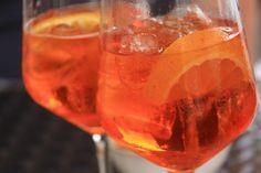 Le spritz, THE cocktail à tester sans attendre. La recette du spritz (super facile) sur aufeminin.