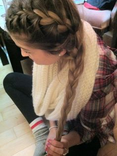Dutch to side braid....I wish i could do this!