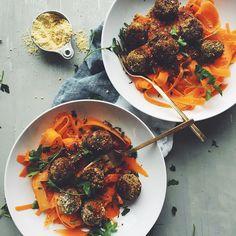 Nice balls  #recipecomingsoon #vegan #glutenfree by minimalistbaker