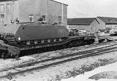 "1943, Allemagne, Essais du Panzerkampfwagen VIII ""Maus"" (Porsche Typ 205 - Sd.Kfz. 205) 2/26 | by ww2gallery"