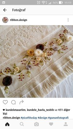 Hand Embroidery Flowers, Silk Ribbon Embroidery, Hand Embroidery Designs, Embroidery Stitches Tutorial, Cross Stitch Embroidery, Machine Embroidery, Embroidered Towels, Brazilian Embroidery, Ribbon Art