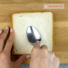 Sandwich rapid și ușor de făcut cu ou și cașcaval – o bunătate de te lingi pe degete - savuros.info Food And Drink, Recipes, Recipies, Food Recipes, Recipe