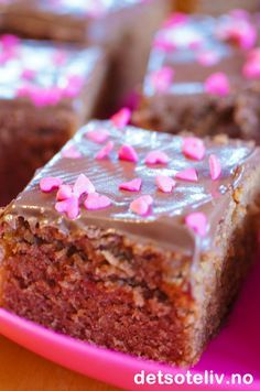Delicious Cake Recipes, Yummy Cakes, Danish Dessert, Norwegian Food, Singapore Food, Chocolate Cake, Sweet Tooth, Food And Drink, Muffins