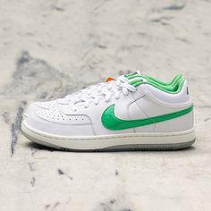 3ffb2644d8c https   www.instagram.com  Air Force Sneakers