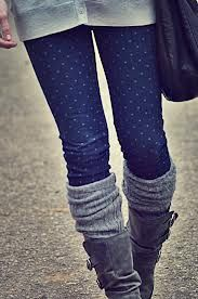 I absolutely love this look! Pairing boots with knee socks is super cute and keeps you warm in the winter. A great outfit to go with knee socks and boots is either skinny jeans or patterned leggings with an over sized shirt and a scarf (my favorite type is the infinity scarf). And there you have it! A cute warm outfit for winter!