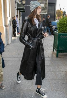 8 Winter Fashion Lessons We've Learned From Kaia Gerber Simple Outfits, Stylish Outfits, Fashion Outfits, Fashion Fashion, Lolita Fashion, Emo Outfits, Summer Outfits, Kaia Gerber, Trench Coat Outfit