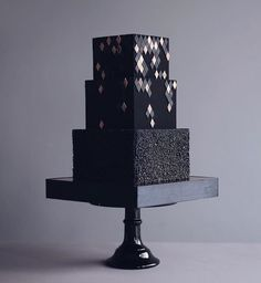 Russian Confectioners Make Elegant Cakes That Look More Like They Came Out Of A Fairy Tale Square Wedding Cakes, Black Wedding Cakes, Square Cakes, Unique Wedding Cakes, Wedding Cake Designs, Cake Wedding, Gorgeous Cakes, Pretty Cakes, Cute Cakes