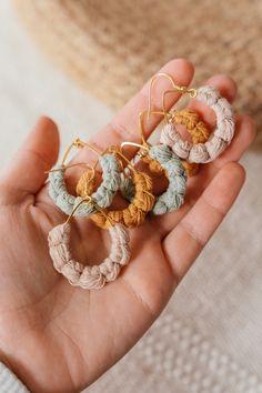 #boho #makramee #makrameeliebe #makrameeschmuck #macrame #macramejewelry #jewelrydesigner #handmadejewellery #handmadegift #bohochic