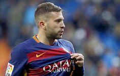 Jordi Alba aseguró que la plantilla del Barça no estaba al tanto de cómo iba a tirar el penalti Leo Messi, que optó por tocar el balón en corto...