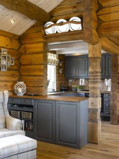 AlisaKe Engineered Eichenparkett How Parents Can Affect Their Children's W Modern Log Cabins, Small Log Cabin, Log Cabin Homes, Rustic Cabins, Small Cabin Kitchens, Log Home Kitchens, Log Home Interiors, Small Cabin Interiors, Kitchen Interior