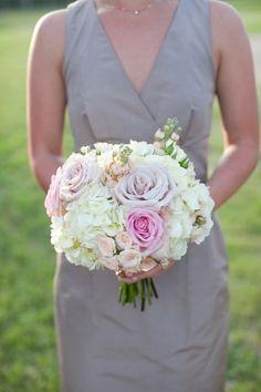 Tea rose and hydrangea bouquet