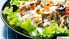 E' arrivata la stagione calda ed è meglio non appesantire il proprio organismo altrimenti 'i rotolini di ciccia' si noterebbero sulla spiaggia e noi vogliamo apparire in forma, non è vero?Presto qualcuno di noi partirà per le ferie quindi è meglio alimentarci con pietanze dietetiche ma gustose e possibilmente mangiare solo piatti unici in modo da p Light Recipes, Cobb Salad, Grains, Presto, Menu, Salads, Shape, Skinny Recipes, Menu Board Design