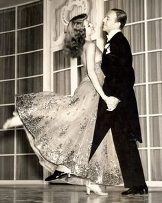 Fred Astaire & Rita Hayworth or Photo Print Dancing Couple Hollywood Classic, Elegant Portrait Fred Astaire, Rita Hayworth, Just Dance, Shall We Dance, Old Hollywood Glamour, Vintage Hollywood, Classic Hollywood, Hollywood Couples, Hollywood Style