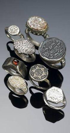 Islamic silver rings set with carnelian, garnet, black stone, with gilt, niello… Tribal Jewelry, Turquoise Jewelry, Silver Jewelry, Fine Jewelry, Silver Rings, Indian Jewelry, Arabic Jewelry, Emerald Rings, Ruby Rings