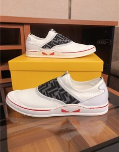 Fendi Casual Shoes For Men Fashion Belts, Mens Fashion Shoes, Fashion Handbags, Burberry T Shirt, Versace T Shirt, Casual Shoes, Sneakers Nike, Footwear, Tennis