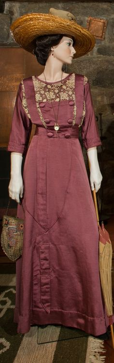 Day Dress. Plum ribbed silk faille with chemical lace detailing, circa 1911. Oversized Tan Straw Hat, circa 1911. Parasol: Plum and cream cotton sateen with oak handle, via StickleyMuseum.org.
