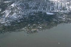 http://www.ce.washington.edu/~liquefaction/selectpiclique/alaska64/landslideintowater.jpg