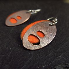 Orange enamel and etched copper layered earrings, torch enamel earrings, oxidized copper, enamel on copper jewelry, pierced metal jewelry Copper Earrings, Copper Jewelry, Leather Jewelry, Copper Art, Enamel Jewelry, Jewelry Art, Jewelry Design, Designer Jewellery, Jewellery Box