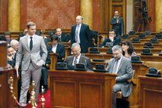 Док гладни гладују, запосленим у скупштини 20.000 динара помоћи - http://www.vaseljenska.com/vesti/dok-gladni-gladuju-zaposlenim-u-skupstini-20-000-dinara-pomoci/