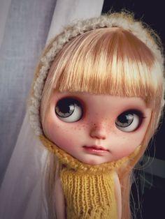http://www.ebay.es/itm/Moji-Nomad-Vainilladolly-Blythe-doll-Custom-OOAK-/181781501057