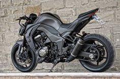 A very cool custom version of the Z1000 :) Matte Black, awesome!