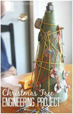 A fun Christmas tree engineering and tinkering project for kids. Try Christmas STEM with a Christmas tree themed engineering activity that all kids will love. This also makes a unique geo board activity for Christmas math!