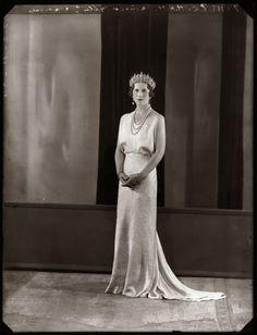 Princess Helen of Greece and Denmark, Queen Mother of Romania Romanian Royal Family, Greek Royal Family, Crown Royal, Royal Jewels, Greek Royalty, Queen Victoria Family, Royal Families Of Europe, Grand Duchess Olga, Casa Real