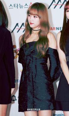 '이 구역의 아가아가한 요정' 181128 '2018 Asia Artist Awards (2018 AAA)' #izone #yena