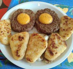 #faitbienfaitmain Et la tête à toto  ! Steaks hachés œufs et rôstis.  Bon appétit à vous !