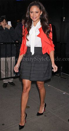 Vanessa Minnillo Style and Fashion - Pleasure Doing Business Scallop Pleated Skirt - Celebrity Style Guide