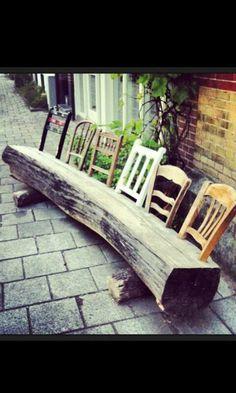 Bank aus Baumstamm u. Stuhllehnen