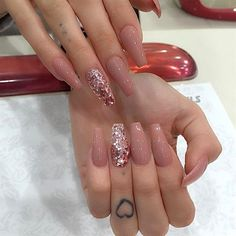 Try some of these designs and give your nails a quick makeover, gallery of unique nail art designs for any season. The best images and creative ideas for your nails. Nail Art Designs, Acrylic Nail Designs, Nails Design, Coffin Nail Designs, Rose Gold Nails, Nude Nails, White Nails, Coffin Nails Long, Long Nails