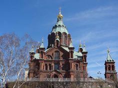 La Cathédrale Ouspenski, Helsinki  http://www.heitza.com/la-cathedrale-ouspenski-helsinki/
