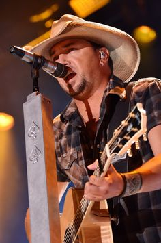 Jason Aldean Photos: 2014 CMA Festival - Day 2