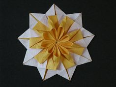 Nonagonal star-tato from circle by Mélisande*, via Flickr picture step by step