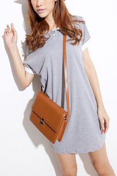 Contrast Colored Turndown Collar and Sleeve Cuff Long Length T-shirt