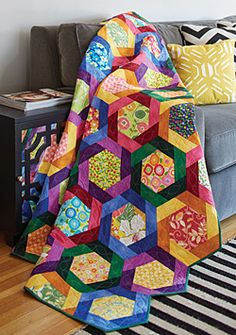 Twirling Hexies Scrap Quilt Project