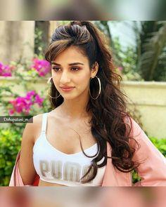 Disha patani looks hot Bollywood Actress Hot Photos, Indian Actress Hot Pics, Beautiful Bollywood Actress, Most Beautiful Indian Actress, Beautiful Actresses, Indian Actresses, Cute Beauty, Beauty Full Girl, Beauty Women