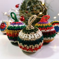 Ravelry: Soft Christmas Baubles pattern by Crochetpedia Crochet Christmas Ornaments, Christmas Baubles, Christmas Decorations, Crazy Home, Hanging Ornaments, Crochet Projects, Free Crochet, Free Pattern, Crochet Patterns