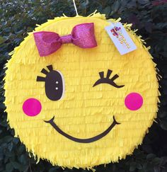 Ready to Ship Pink Bow Emoticon Pinata Party Emoji, Emoji Pinata, Emoji Cake, Birthday Pinata, Birthday Parties, Do It Yourself Inspiration, Valentine Box, Diy Party, Cake Art