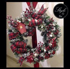 Corona para puerta navideña tipo rústico