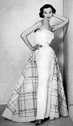 1951 Model in evening dress by Jean Patou