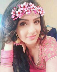 Welcome to Our Top Escorts in Lahore. Beautiful Girl Indian, Beautiful Lips, Tashan E Ishq, Glamour Ladies, Festival Wear, India Beauty, Girl Photography, Beautiful Actresses, Bollywood Actress